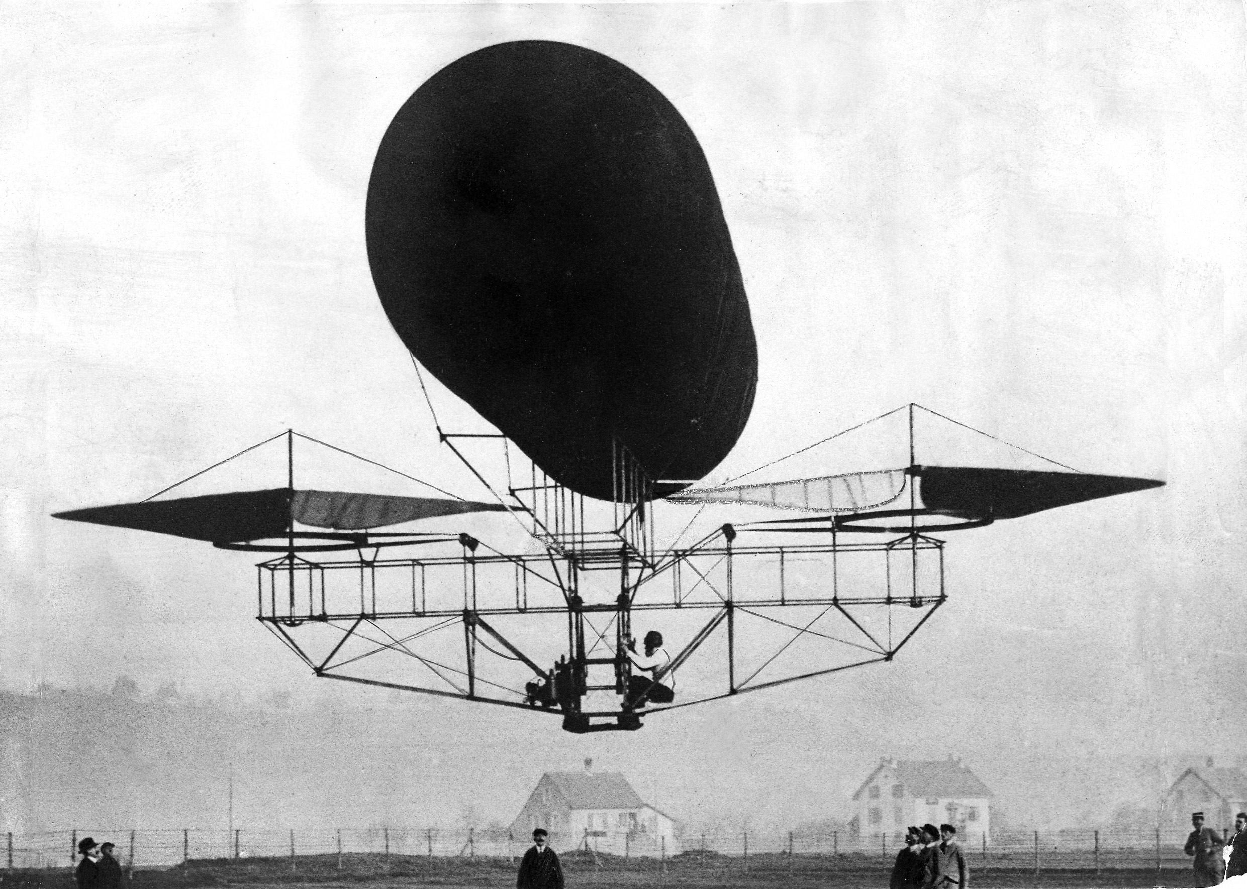 Etienne Oehmichen's experimental helicopter, 1921 (PHO-NC-3)
