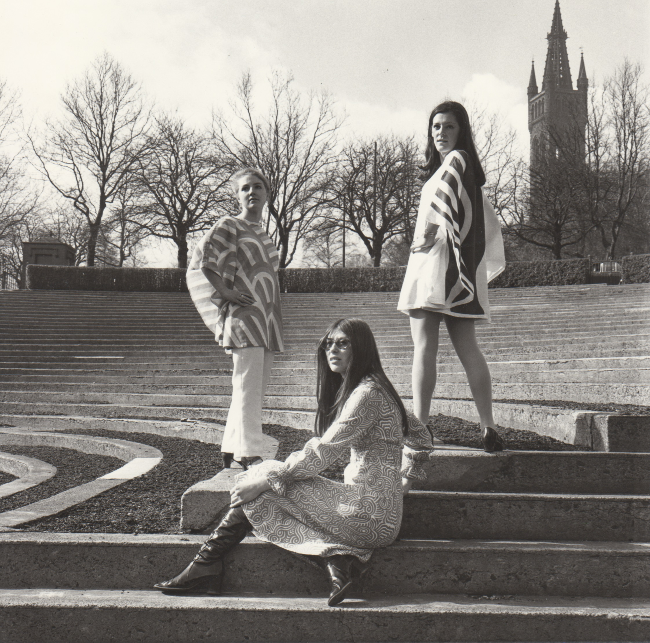 GSAA/P/1/2414 GSA students modelling fashion designs in Kelvingrove Park, 1960s