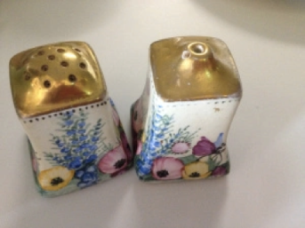 Ceramic Cruet Set. Image courtesy of GU Feminist History