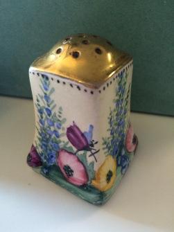 Ceramic Cruet Set. Image courtesy of GU Feminist History
