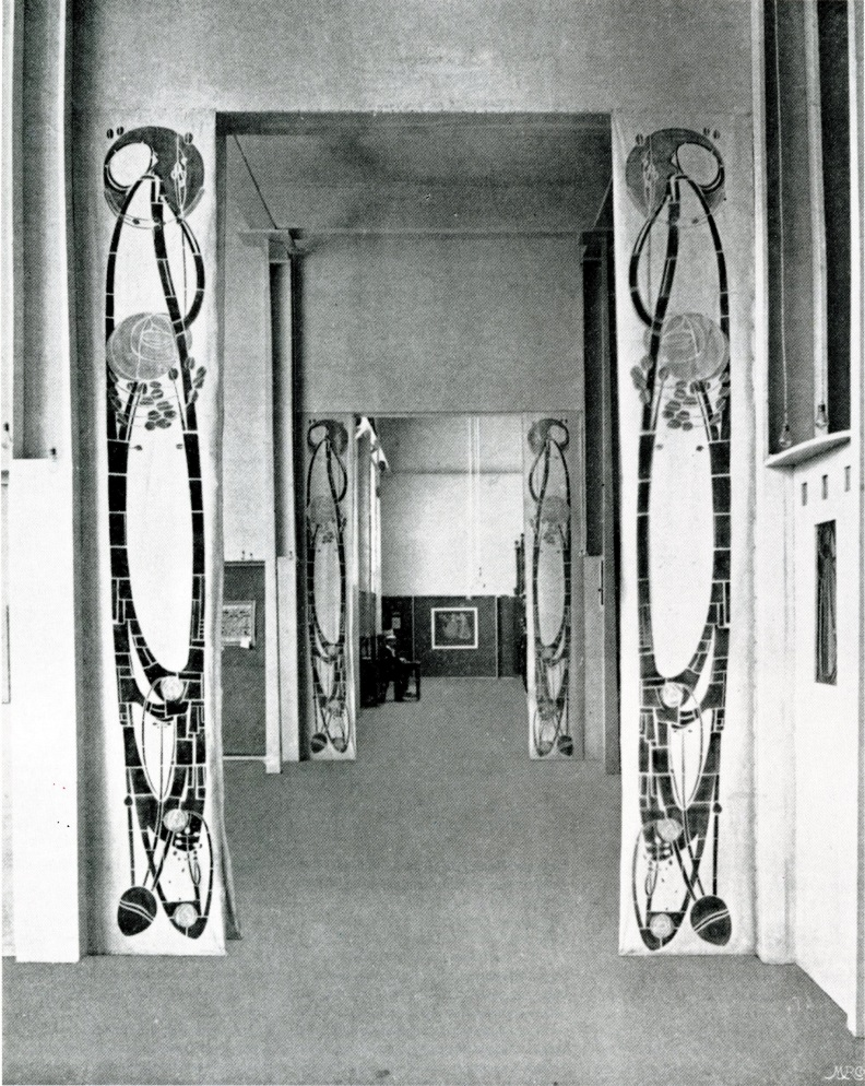 Entrance to the Scottish Pavilion showing banners by Charles Rennie Mackintosh. These banners are now part of the Mackintosh collection at Glasgow University's Hunterian Museum. Image courtesy of Torino 1902: Le Arti Decorative Internazionali Del Nuovo Secol, p.530.