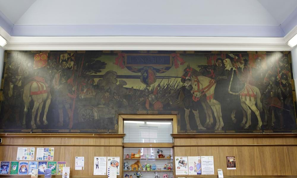 """Battle of Langside"" mural in Langside Library. Image courtesy of Glasgow Life."